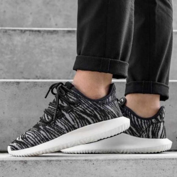 new concept 51eea 99e23 Adidas Tubular Shadow Black White Sneakers Shoe D NWT